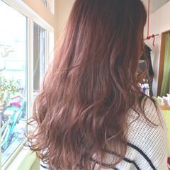 ミルクティー グラデーションカラー ストリート ピンク ヘアスタイルや髪型の写真・画像
