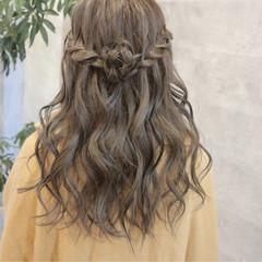 フェミニン ヘアアレンジ 結婚式 ロング ヘアスタイルや髪型の写真・画像