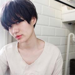 外国人風 ナチュラル 黒髪 ニュアンス ヘアスタイルや髪型の写真・画像