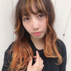 グラデーションカラー エレガント オレンジカラー ブリーチ ヘアスタイルや髪型の写真・画像