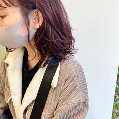 ピンクベージュ ゆるふわパーマ モテ髪 ピンクブラウン ヘアスタイルや髪型の写真・画像
