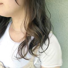 ナチュラル 3Dカラー ヘアカラー インナーカラー ヘアスタイルや髪型の写真・画像