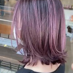 ハイライト ラベンダーピンク 大人可愛い ボブ ヘアスタイルや髪型の写真・画像