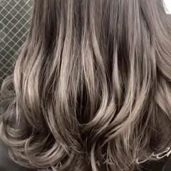 ロング ガーリー アッシュ 外国人風カラー ヘアスタイルや髪型の写真・画像