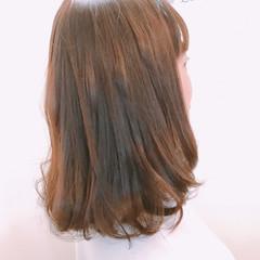 セミロング ピンク ベージュ 上品 ヘアスタイルや髪型の写真・画像