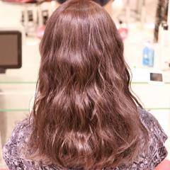 ブラウン ナチュラル デート ロング ヘアスタイルや髪型の写真・画像