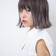 アッシュ ボブ 外国人風 グラデーションカラー ヘアスタイルや髪型の写真・画像