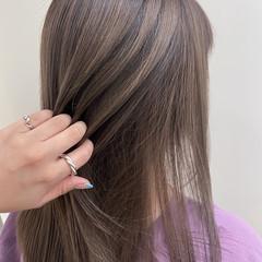 ハイライト ナチュラル 極細ハイライト 透明感 ヘアスタイルや髪型の写真・画像