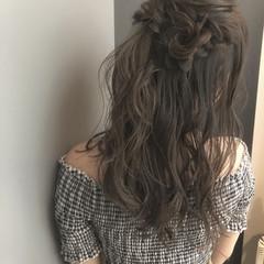 結婚式 デート セミロング ナチュラル ヘアスタイルや髪型の写真・画像