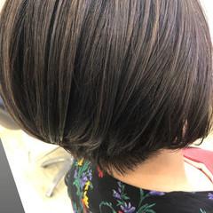 インナーカラー ショートヘア ボブ ミニボブ ヘアスタイルや髪型の写真・画像