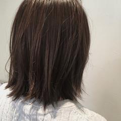 アッシュ 外国人風カラー 切りっぱなし グレージュ ヘアスタイルや髪型の写真・画像
