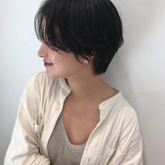 ナチュラル ショート 大人かわいい デート ヘアスタイルや髪型の写真・画像