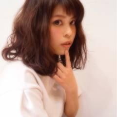 パーマ ミディアム モテ髪 フェミニン ヘアスタイルや髪型の写真・画像