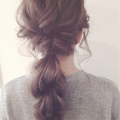 フェミニン ヘアアレンジ アッシュ 大人かわいい ヘアスタイルや髪型の写真・画像