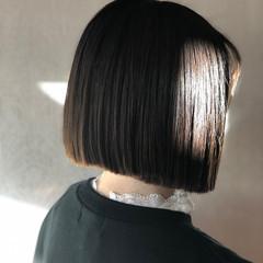 前下がり ショート モード ナチュラル ヘアスタイルや髪型の写真・画像
