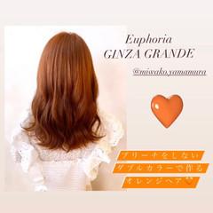 セミロング オレンジカラー アプリコットオレンジ アンニュイほつれヘア ヘアスタイルや髪型の写真・画像