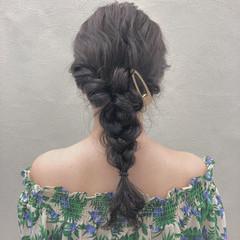 アッシュグレー 大人かわいい ヘアアレンジ 涼しげ ヘアスタイルや髪型の写真・画像