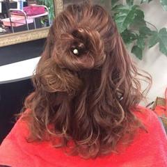 ナチュラル 簡単ヘアアレンジ ふわふわヘアアレンジ ミディアム ヘアスタイルや髪型の写真・画像