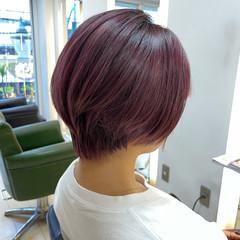 ショートボブ ダブルカラー ベリーピンク ピンク ヘアスタイルや髪型の写真・画像
