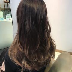 ロング パープル フェミニン グラデーションカラー ヘアスタイルや髪型の写真・画像