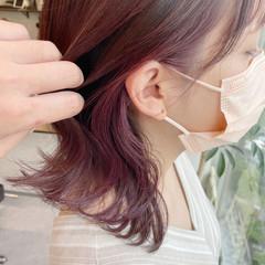 インナーカラー イヤリングカラー ボブ イヤリングカラーピンク ヘアスタイルや髪型の写真・画像