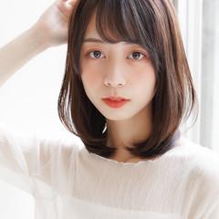 ミディアム ひし形シルエット デジタルパーマ 似合わせカット ヘアスタイルや髪型の写真・画像