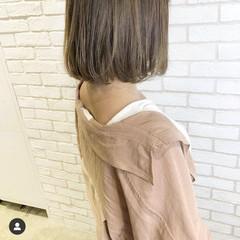ハイライト グレージュ ナチュラル ボブ ヘアスタイルや髪型の写真・画像