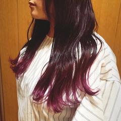ベリーピンク ピンクブラウン ロング グラデーションカラー ヘアスタイルや髪型の写真・画像
