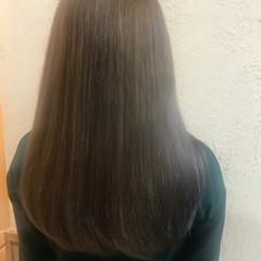 ナチュラル ロング 透明感 グレージュ ヘアスタイルや髪型の写真・画像