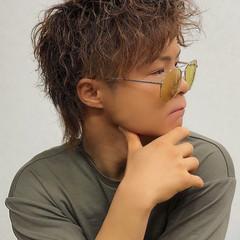 スパイラルパーマ モード ツーブロック メンズパーマ ヘアスタイルや髪型の写真・画像
