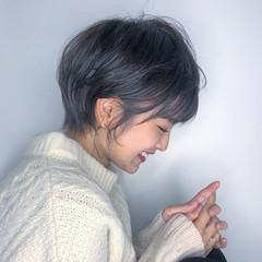 ベリーショート ナチュラル ショート 小顔 ヘアスタイルや髪型の写真・画像