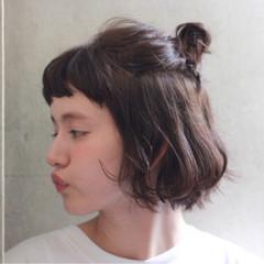 前髪あり ハーフアップ パーマ ボブ ヘアスタイルや髪型の写真・画像