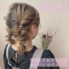 結婚式ヘアアレンジ ヘアセット フェミニン ミディアム ヘアスタイルや髪型の写真・画像