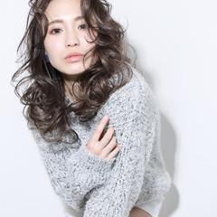 ガーリー 大人かわいい 外国人風 グラデーションカラー ヘアスタイルや髪型の写真・画像