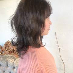 ミルクティーグレージュ 簡単ヘアアレンジ シナモンベージュ ナチュラル ヘアスタイルや髪型の写真・画像