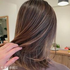 秋冬スタイル インナーカラー 前髪あり 外国人風カラー ヘアスタイルや髪型の写真・画像