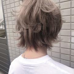 ブリーチ アッシュ ストリート アッシュベージュ ヘアスタイルや髪型の写真・画像