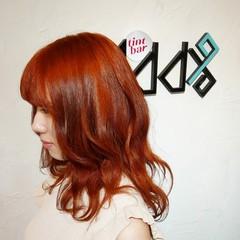 韓国風ヘアー ウルフ オレンジカラー ミディアム ヘアスタイルや髪型の写真・画像