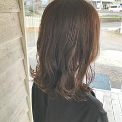 レイヤーカット ナチュラル ショコラブラウン 初カラー ヘアスタイルや髪型の写真・画像