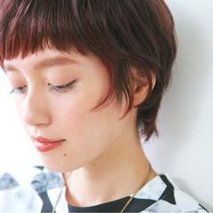 ショート ナチュラル インナーカラー ピンク ヘアスタイルや髪型の写真・画像