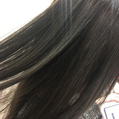 外国人風 グラデーションカラー ナチュラル 黒髪 ヘアスタイルや髪型の写真・画像