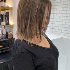 ハイライト 大人ハイライト バレイヤージュ コンサバ ヘアスタイルや髪型の写真・画像