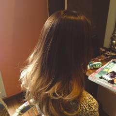 グラデーションカラー 大人かわいい 秋 ロング ヘアスタイルや髪型の写真・画像