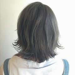 グレージュ フェミニン ストリート アッシュ ヘアスタイルや髪型の写真・画像