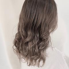 ナチュラル 透明感カラー セミロング ハイトーンカラー ヘアスタイルや髪型の写真・画像