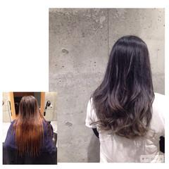 ナチュラル ロング グレージュ ストリート ヘアスタイルや髪型の写真・画像