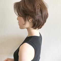 オフィス ナチュラル 秋 抜け感 ヘアスタイルや髪型の写真・画像