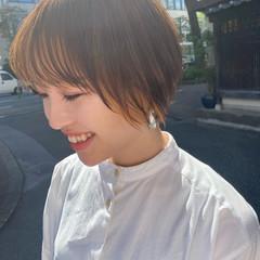 インナーカラー ショートヘア ショートボブ モード ヘアスタイルや髪型の写真・画像