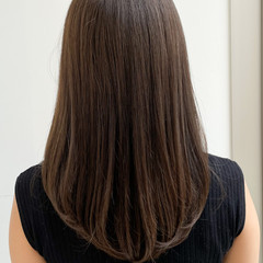 大人可愛い セミロング 髪質改善 ナチュラル ヘアスタイルや髪型の写真・画像