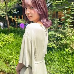 セミロング ピンクベージュ ピンクアッシュ ナチュラル ヘアスタイルや髪型の写真・画像